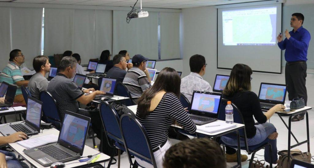 VI Semana de QGIS em Porto Alegre/RS